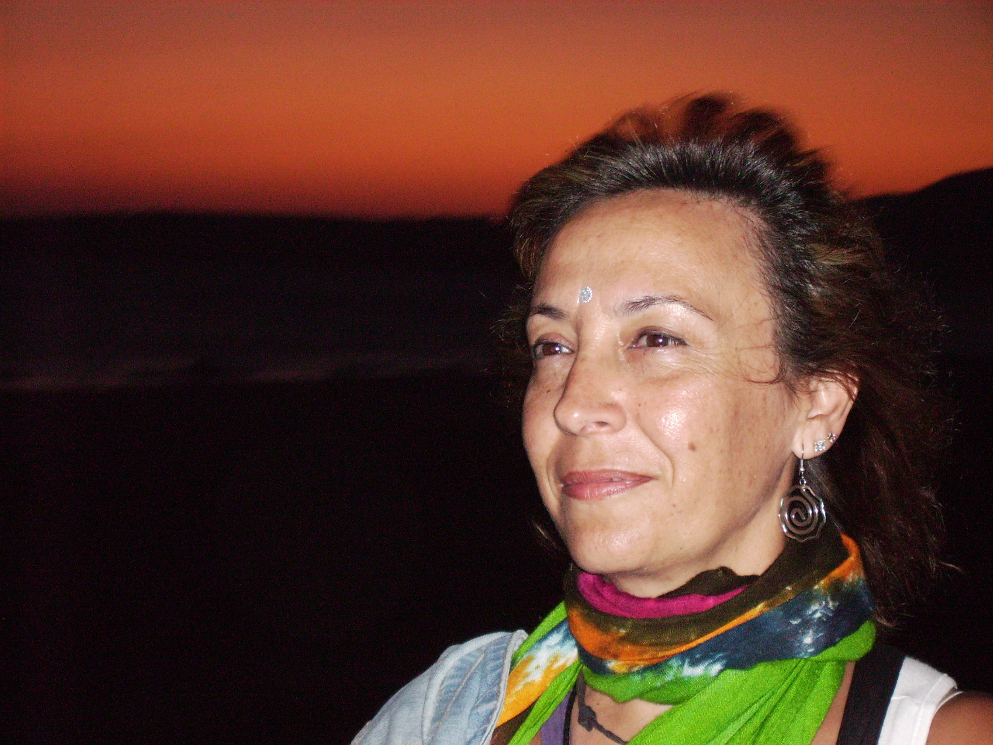 Aunando la disciplina ancestral de Yoga Integral: Hatha yoga o yoga físico, relajación, ... - IMG_0080